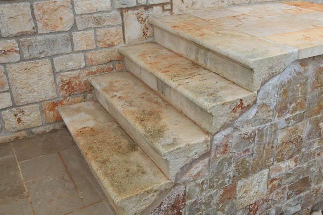 scale in pietra - Elementi Darredo
