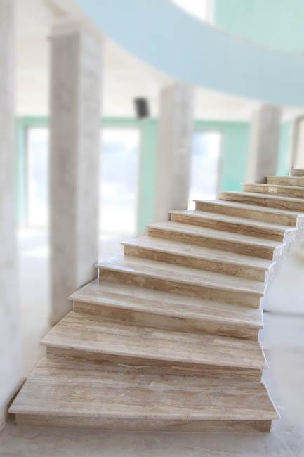Scale in pietra elementi d 39 arredo - Immagini di scale per interni ...